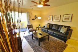 corporate-702-housing-las-vegas-flamingo-palms-soho-living-space