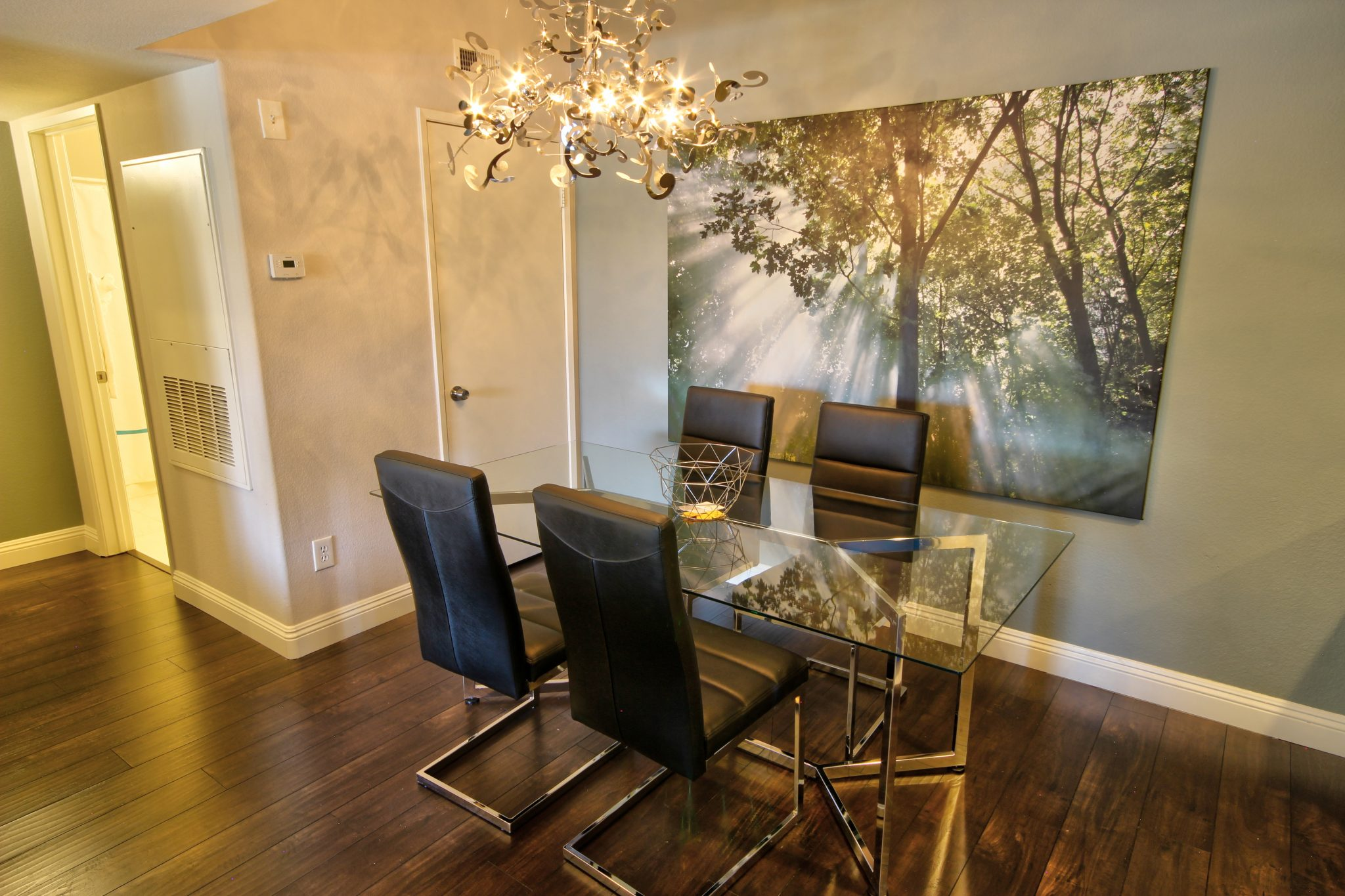Corporate Apartment Rancho Viejo Las Vegas Wild Flower Dining Table Chair Chandelier 702 Housing